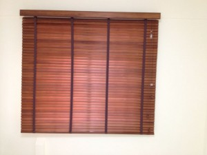 Combination color red and purple Timber Venetian Blinds