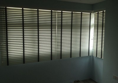 Rivervale Arc – Timber Venetians blinds