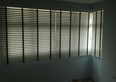 Rivervale Arc – Timber Venetians blinds
