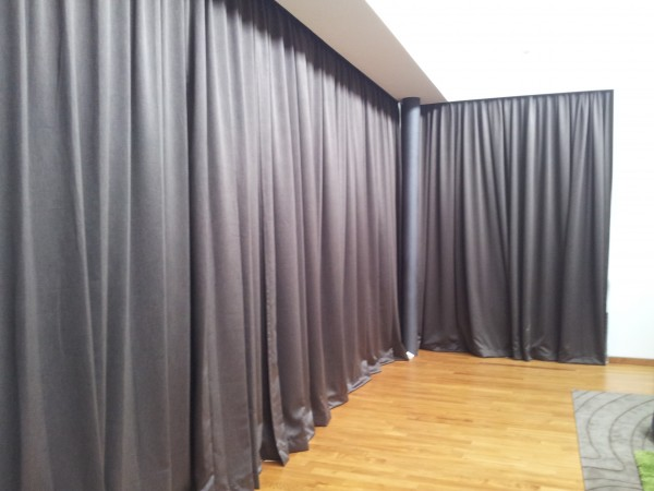 Grey Curtains for living roomBest Color for Blinds|Curtains in Singapore Mtm Curtains
