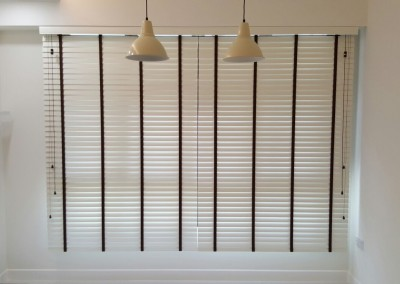 Fernvale Rivergrove – Timber Blinds with Easylift and Smart Privacy system