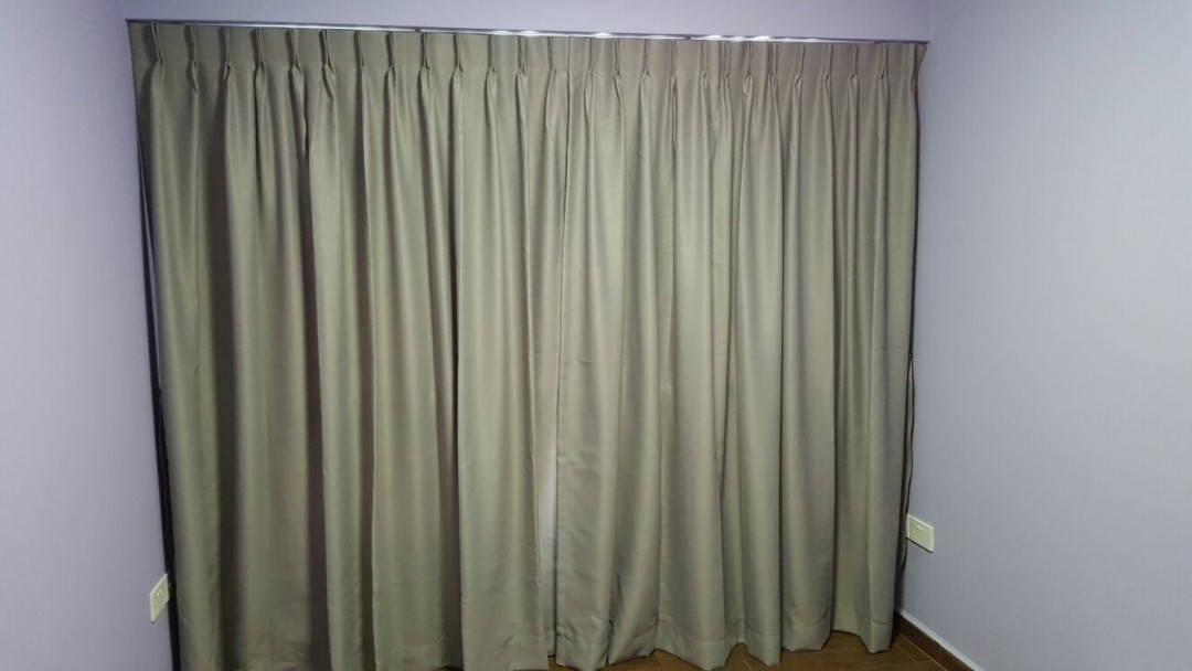 Compassvale Cape – Dim Out Curtain