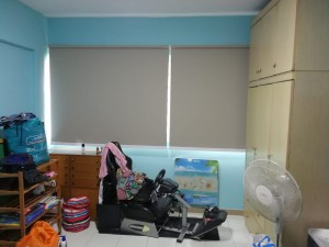 Blackout roller blinds (2)