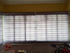 combi blinds at balcony close view