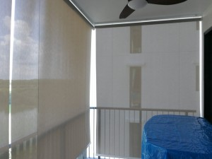 Outdoor roller blinds (2)